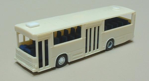 E代都市新場バス仕様