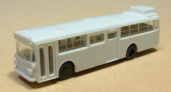 12弾ケース付属白バス