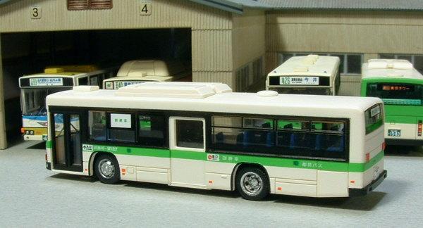 都営バス~訓練車横から